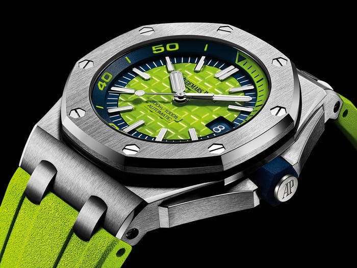 Green Royal Oak Offshore DIver