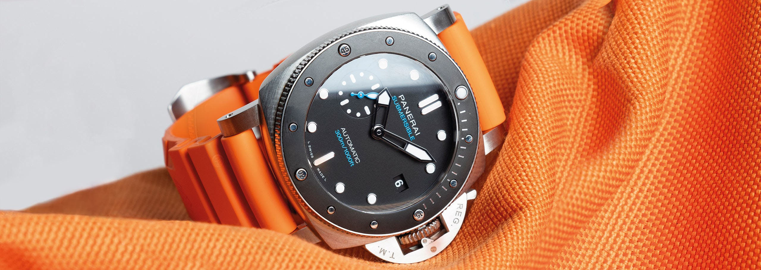 What Is A Dive Watch: Where Practicality Meets Style