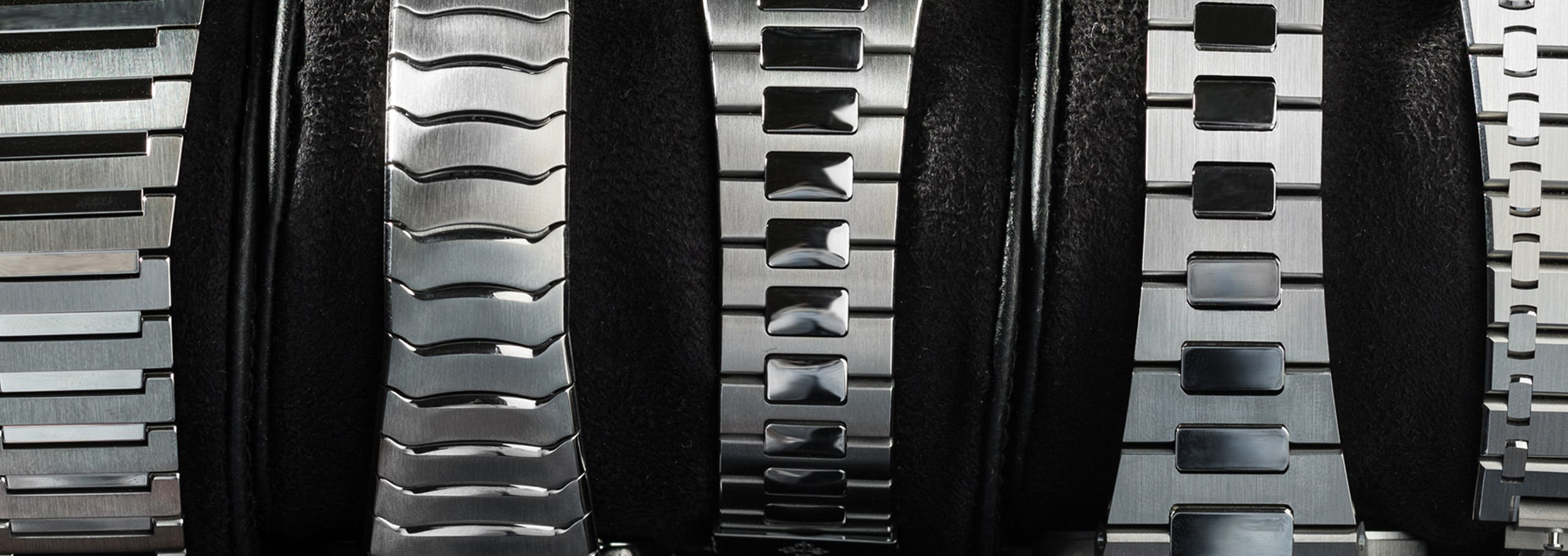 Seamless: Integrated Bracelet Watches